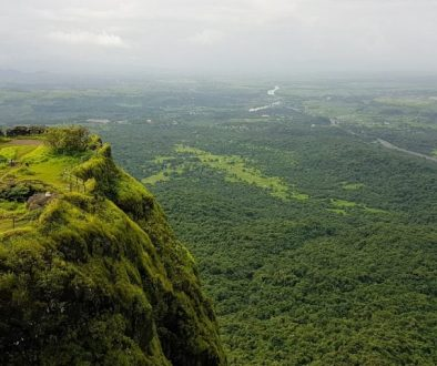 Solo backpacking to Karnala fort